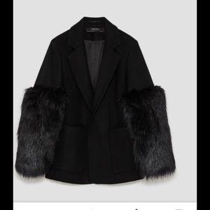 Zara faux fur sleeved jacket. Sz Small